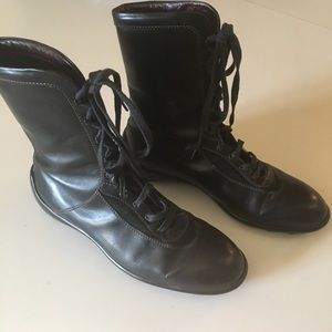 EUC Tods Boots